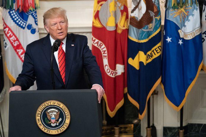 Il Presidente Donald J. Trump enuncia alla nazione i dettagli sulla missione contro il leader dell'ISIS Abu Bakr al-Baghdadi in Siria.