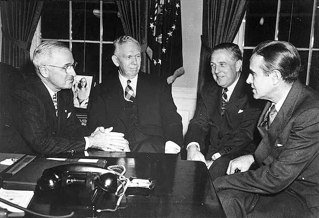 Foto del segretario di stato Statunitense George Marshall, promotore di uno dei più importanti piani europei della storia