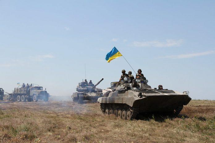 Continuano le tensioni tra Russia e Ucraina nel Donbass, l'Europa attende preoccupata