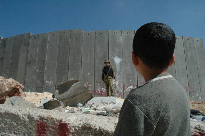 Palestina: la crisi senza fine della sua leadership dopo la morte di Banat